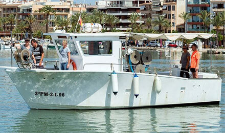 www.fishingtripmajorca.co.uk boat tours in Alcudia with Es Batlets